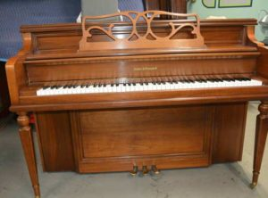 Console Piano Kohler & Campbell – $1295 (Kitsap)